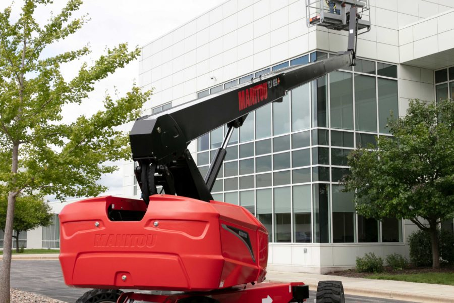 Manitou Extends its Reach with Straight Boom Mobile Elevating Work Platforms for North America